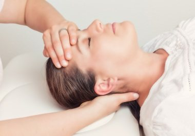 stop ear ringing with head massages